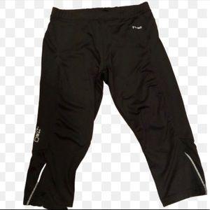 2/$15💥 Hind knee length black activewear w pocket